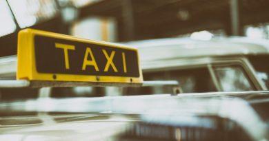 electric cars cab service