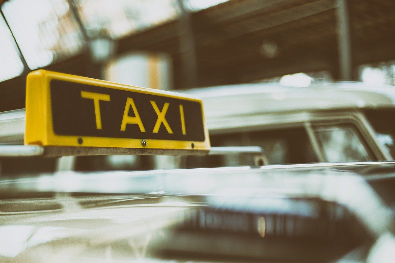The economics for cab services to switch to Electric Vehicles